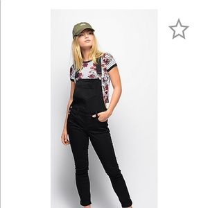 ALMOST FAMOUS Black Jean Overalls